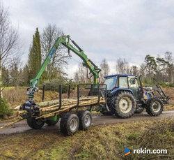 Przyczepa leśna 9 ton z żurawiem 5,3 m