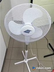 Wentylator stojący podłogowy biały moc 50 W.