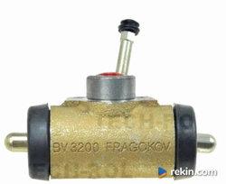 Cylinderek hamulcowy lewy zetor 671126|03 fragokov