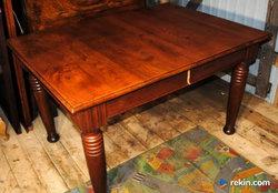 Stary masywny stół nr2