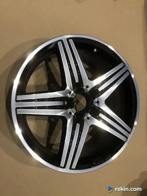 Felga Mercedes W176 18x8j ET48 A1764010402